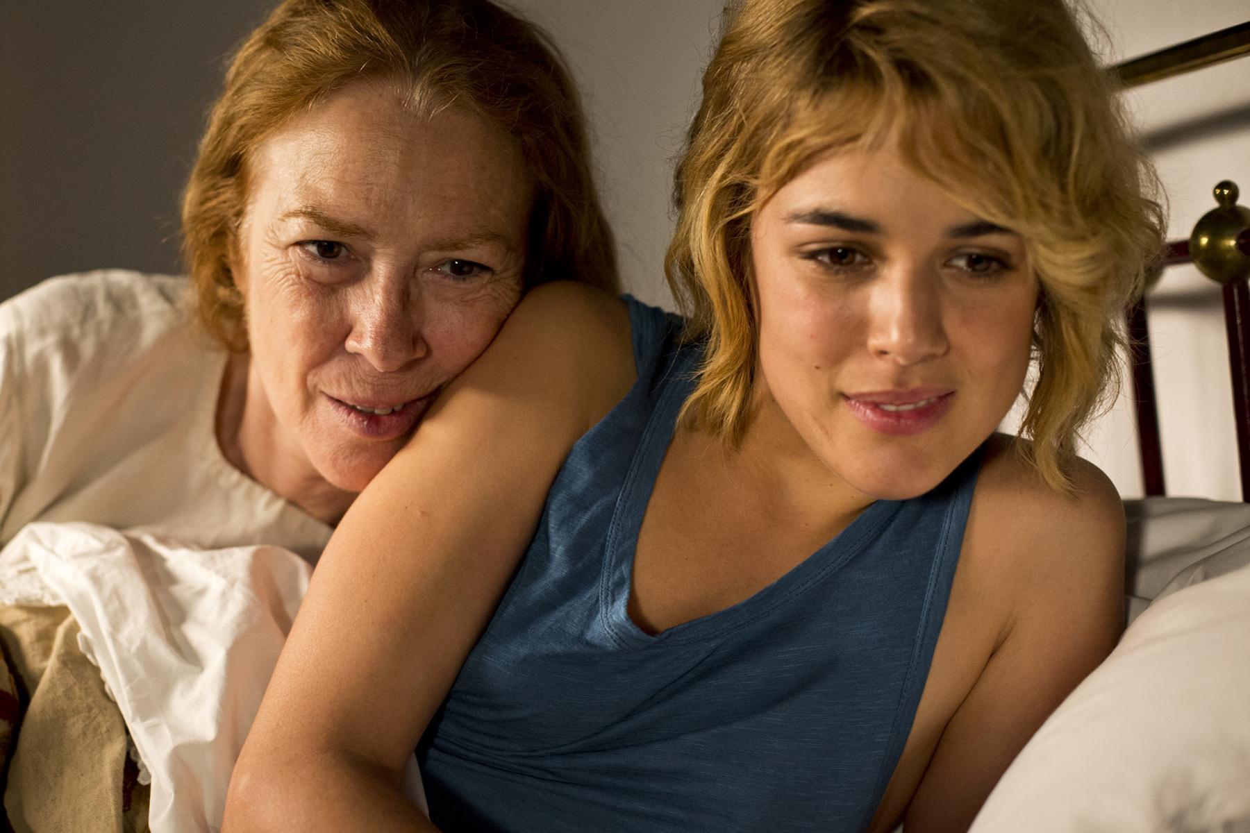 Madre e hija (Susi Sánchez y Adriana Ugarte), el dolor de otra ausencia en vida.